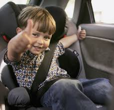 child in car2